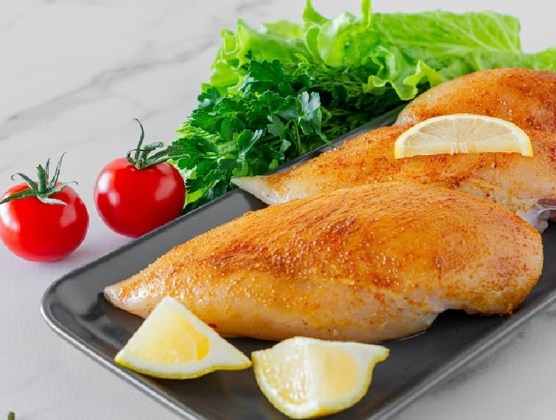 chicken breast that is a source of lean protein to help reduce menopause symptoms
